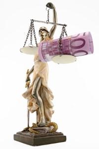 Der Beschluss über die Kostenfestsetzung kann auch die Pfändung beim Schuldner ermöglichen.
