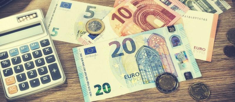 Das Verfahren über die Kostenfesetzung soll einen vollstreckbaren Titel über die Zahlungsansprüche des Anwaltes generieren.